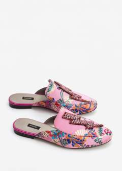 http://shop.mango.com/GB/p0/woman/accessories/shoes/moccasins/crystal-slip-on-loafers?id=83043610_85&n=1&s=search
